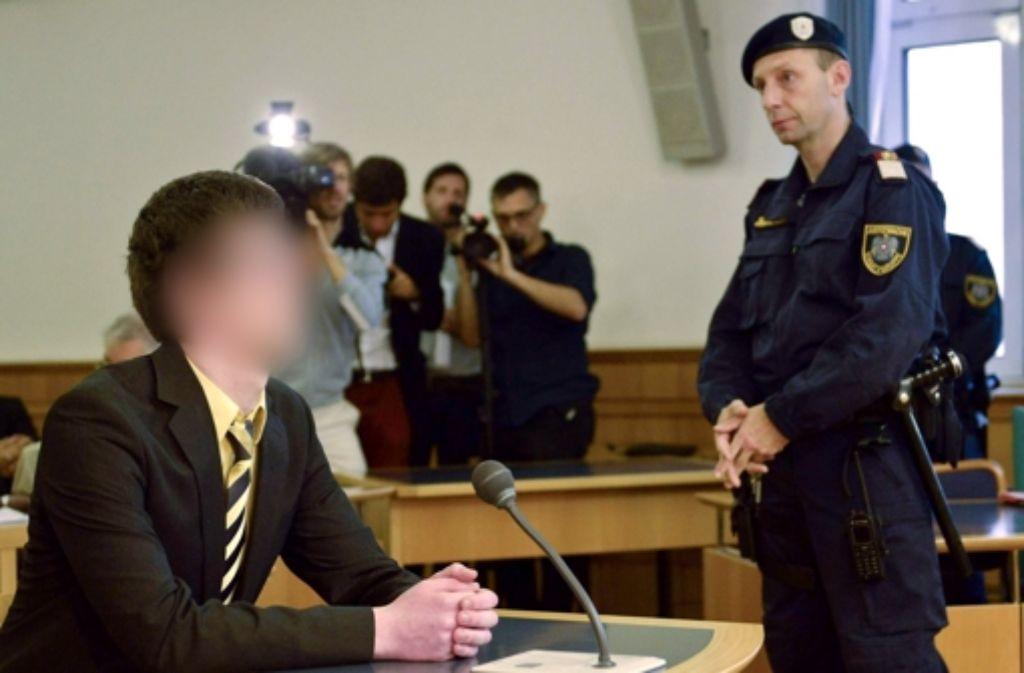 Josef S., Student der Werkstoffwissenschaften aus Jena, vor Prozessbeginn im Straflandesgericht in Wien Foto: dpa