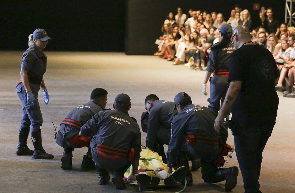 Männermodel Tales Soares starb später im Krankenhaus. Foto: Thenews2 Agency