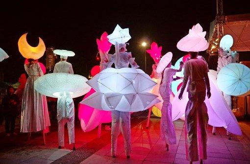 30 Künstler bespielen 10 Bühnen