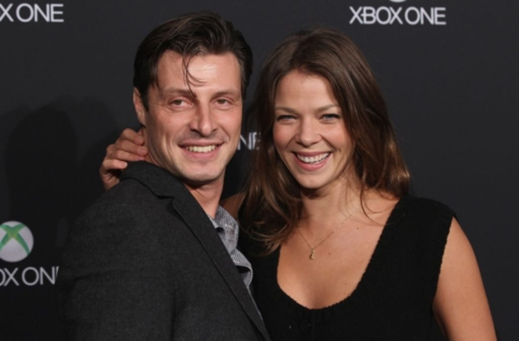 Jessica Schwarz (mit Markus Selikowsky) kam zur Party bei Microsoft in Berlin. Klicken Sie sich durch weitere Bilder: Foto: Getty Images Europe