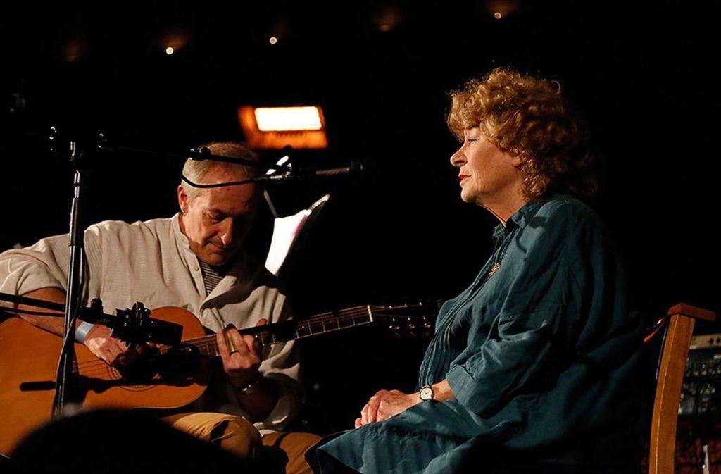"""Shirley Collins (rechts) und Ian Kearey sind Teil des Festivals """"Zauber der Moderne"""" im Künstlerhaus Stuttgart. Foto: Veranstalter"""