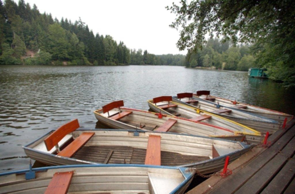 Am Ebnisee bei Welzheim (Rems-Murr-Kreis) gibt es einen Bootsverleih ...  Foto: dpa