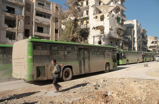 Evakuierung wegen Unstimmigkeiten und Kämpfen ausgesetzt