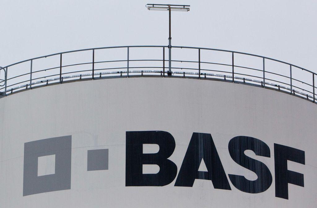 Die BASF kündigt eine Neuausrichtung an – auf Kosten der Mitarbeiter. Foto: Patrick Pleul/zb/dpa