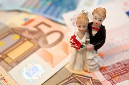 Dieb klaut Hochzeitsgeschenke