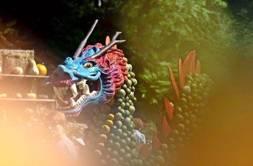 Kürbisausstellung  zeigt Märchenmotive
