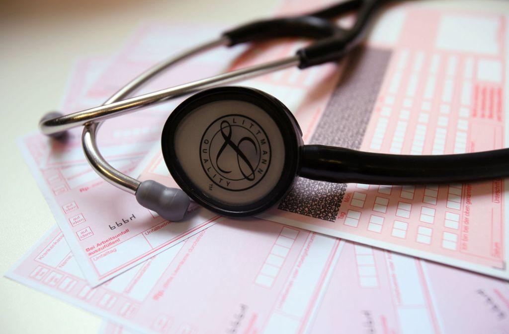 Die Ärzte sollen sich der Digitalisierung stellen, fordert Gesundheitsminister Jens Spahn (CDU) – auch bei der Diagnose über das Internet. Foto: dpa