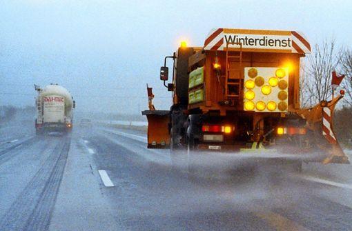 Schneeflöckchen   reichen für Verkehrschaos