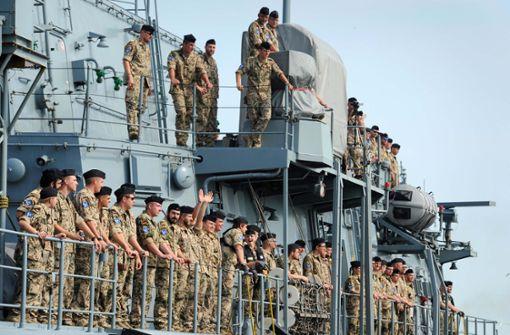 Ein Kriegsschiff als Zeichen an China