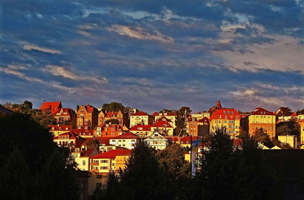 Wohnen in Stuttgart – nicht jeder findet eine Wohnung auf der Sonnenseite. Foto: dpa