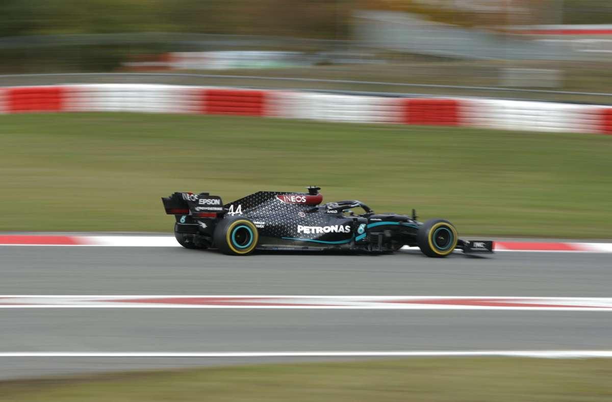 Lewis Hamilton hat den elften Saisonlauf der Formel 1 am Nürburgring gewonnen. Foto: AP/Ronald Wittek
