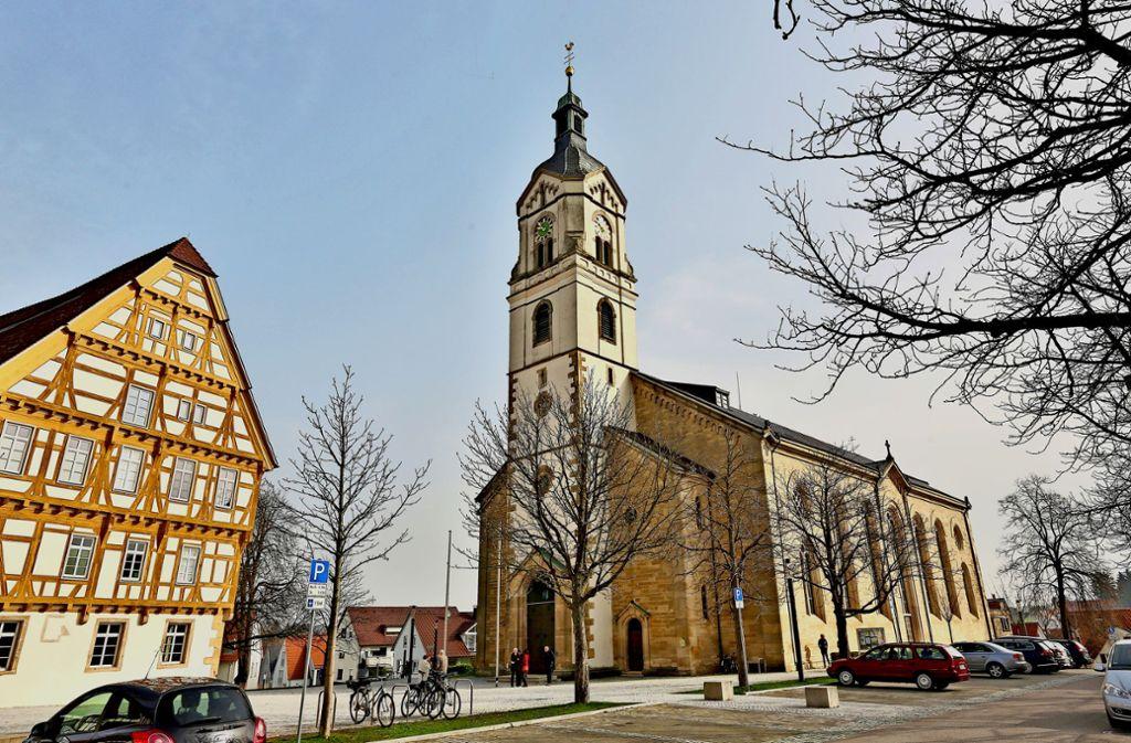 Die Katholiken im Dekanat Esslingen stehen vor der Kirchenwahl. Der Kreis ist evangelisch geprägt, es gibt aber mehrere traditionell katholische Gebiete wie etwa Neuhausen mit seiner mächtigen Kirche. Foto: /Horst Rudel.