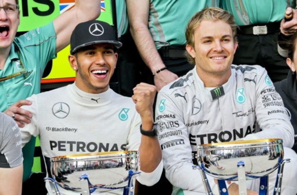 Mercedes-Rennfahrer Lewis Hamilton (links) und Nico Rosberg Foto: dpa