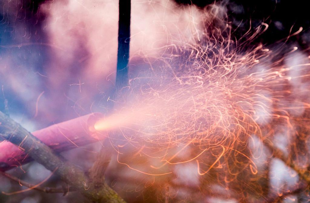 Mehrere Kinder sind durch Feuerwerkskörper bereits vor der Silvesternacht verletzt worden. Foto: dpa