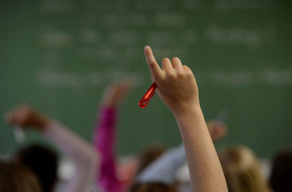 Laut Kultusministerium wird es die nächsten Jahre weiterhin ein massives Problem bleiben, dass Lehrer fehlen Foto: dpa