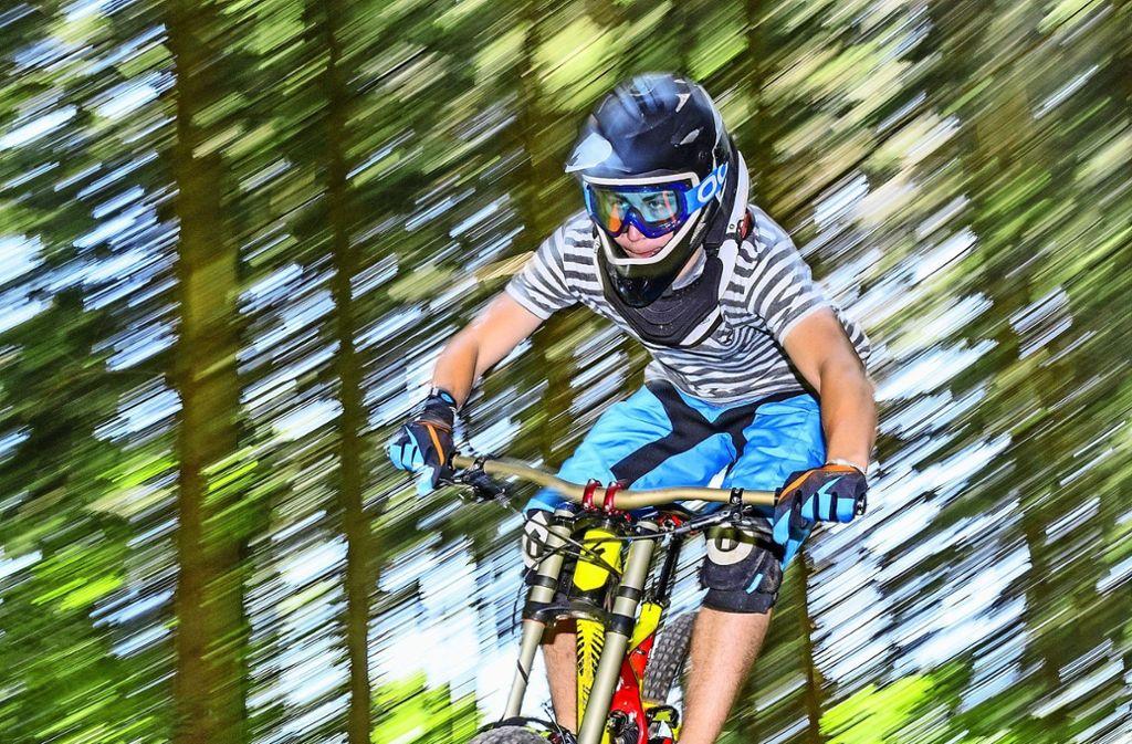Mountainbiker sind gerne am Hörnle unterwegs. Foto: Fotolia/Alexander Rochau