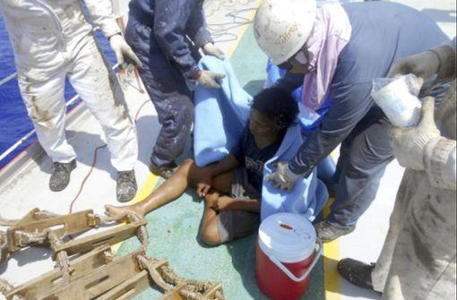 Teenager treibt sieben Wochen auf See
