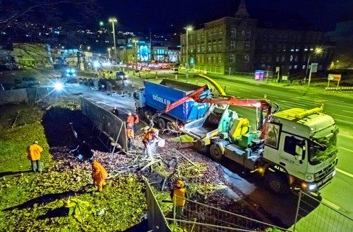 Mit schwerem Gerät sind die  Bäume beseitigt worden. Foto: Lichtgut/Achim Zweygarth