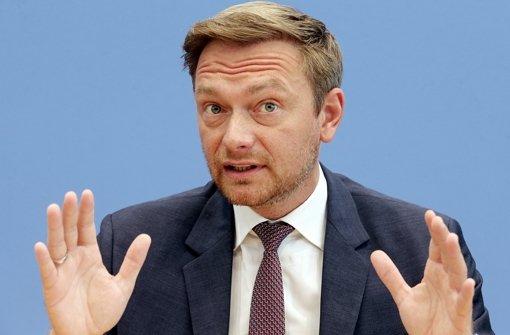 """Merkel regiert Krisen nur hinterher"""