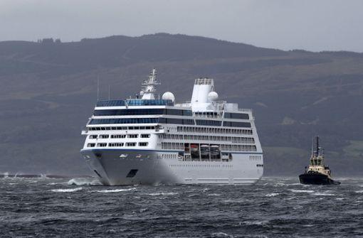 Kreuzfahrtschiff losgerissen - Sturm Ali wütet über Irischer See