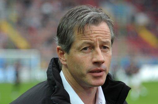 Der Ex-VfB-Profi Jens Keller gibt auf Schalke den Ton an. Foto: dpa