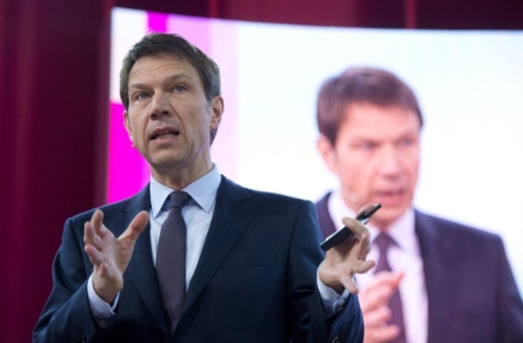Der scheidende Telekom-Chef René Obermann sucht sein Glück beim niederländischen Kabelnetzbetreiber Ziggo. Foto: dpa