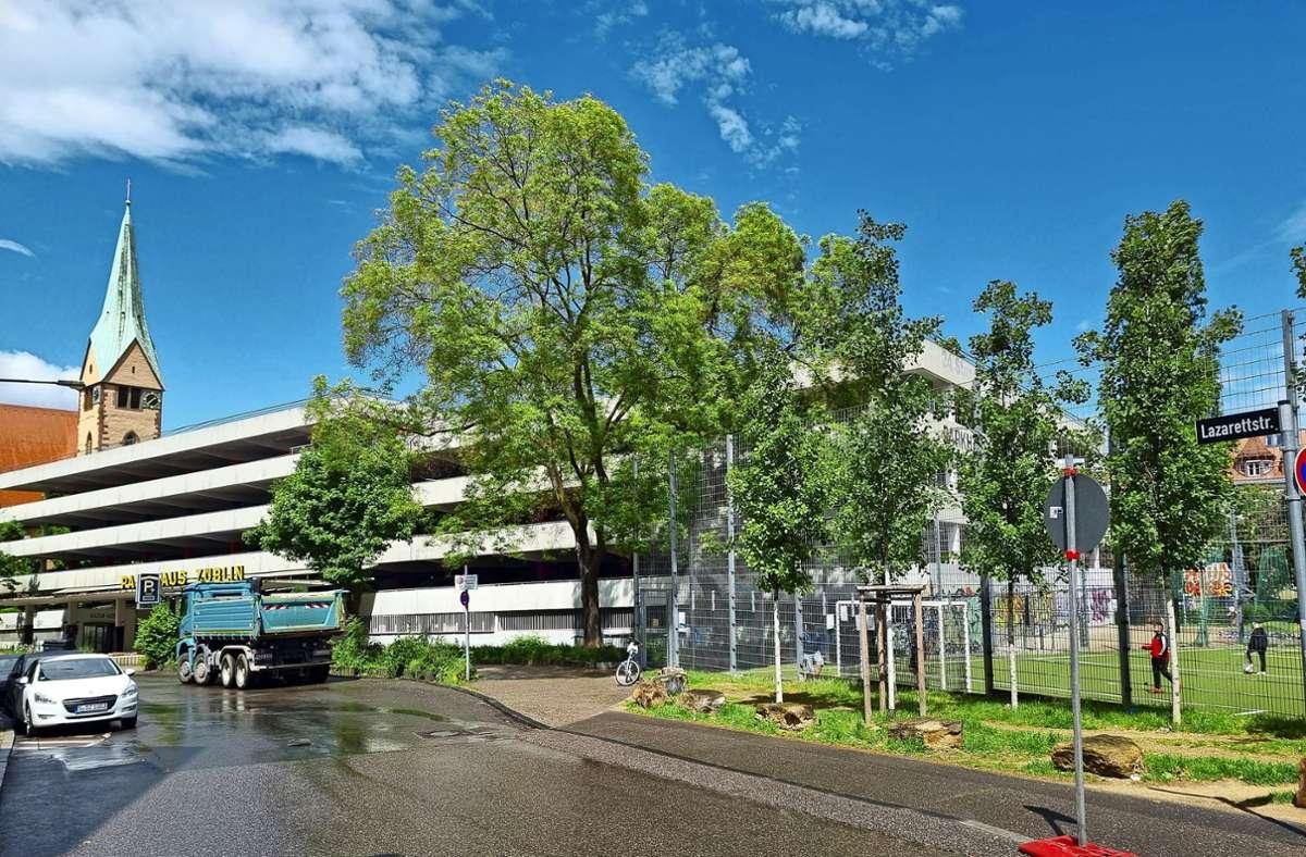 Bislang war man davon ausgegangen, das  Züblin-Parkhaus für die Neue Mitte abzureißen. Nun hört man neue Töne. Foto: Esposito
