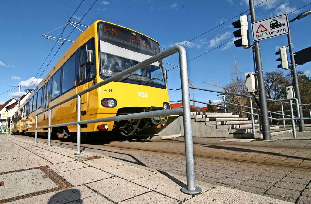 Die Lokalpolitiker wünschen sich unter anderem zusätzliche Fahrten der U15 während der  Hauptverkehrszeiten. Foto: Archiv  Chris Lederer