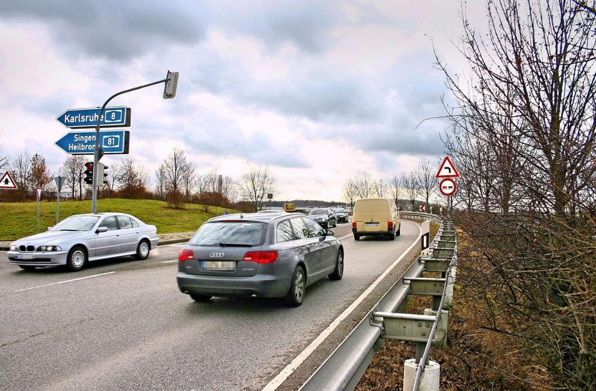 Die Auf- und Abfahrt der Nord-Süd-Straße zur A8 wird erweitert. Läuft alles nach Plan, sollen die Arbeiten noch 2021 abgeschlossen werden. Foto: Archiv/Kai Müller