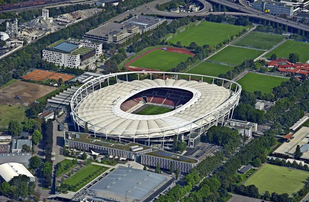 Anders als in München kann die Stuttgarter Arena nicht ohne Weiteres farbig angestrahlt werden. Foto: imago