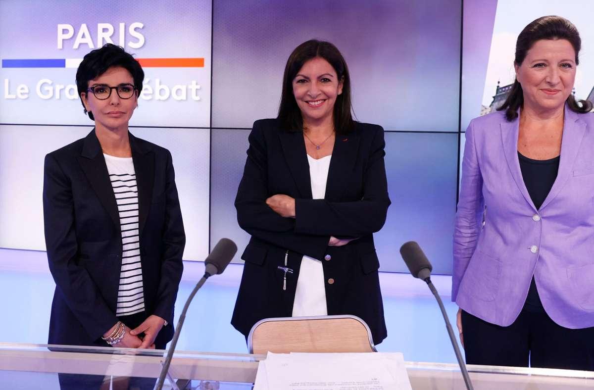 Drei Frauen kämpfen um den Einzug in das Rathaus von Paris. Die Konservative Rachida Dati, die sozialistische Amtsinhaberin und große Favoritin Anne Hidalgo und die sozial-liberale Agnes Buzyn.  (von links nach rechts) Foto: AFP/THOMAS SAMSON