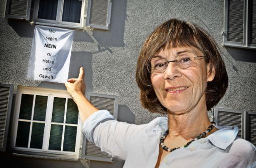 Petra Güntert zeigt Flagge für Anstand und Fairness