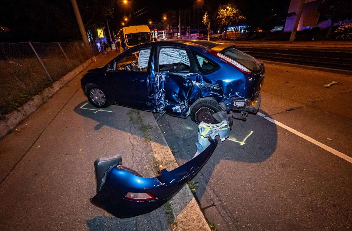 Bei dem Unfall wurden zwei Personen verletzt. Foto: 7aktuell.de/Alexander Hald