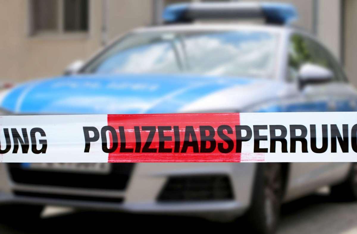Die Polizei sperrte den Tatort weiträumig ab (Symbolbild). Foto: imago images/U. J. Alexander