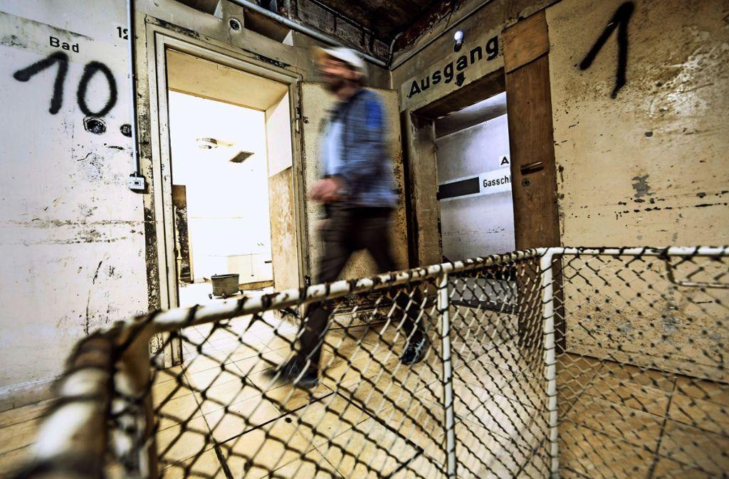 Die alten Räume des Krankenhausbunkers atmen den unseligen Geist der Weltkriegszeit. Foto: Lg/Rettig