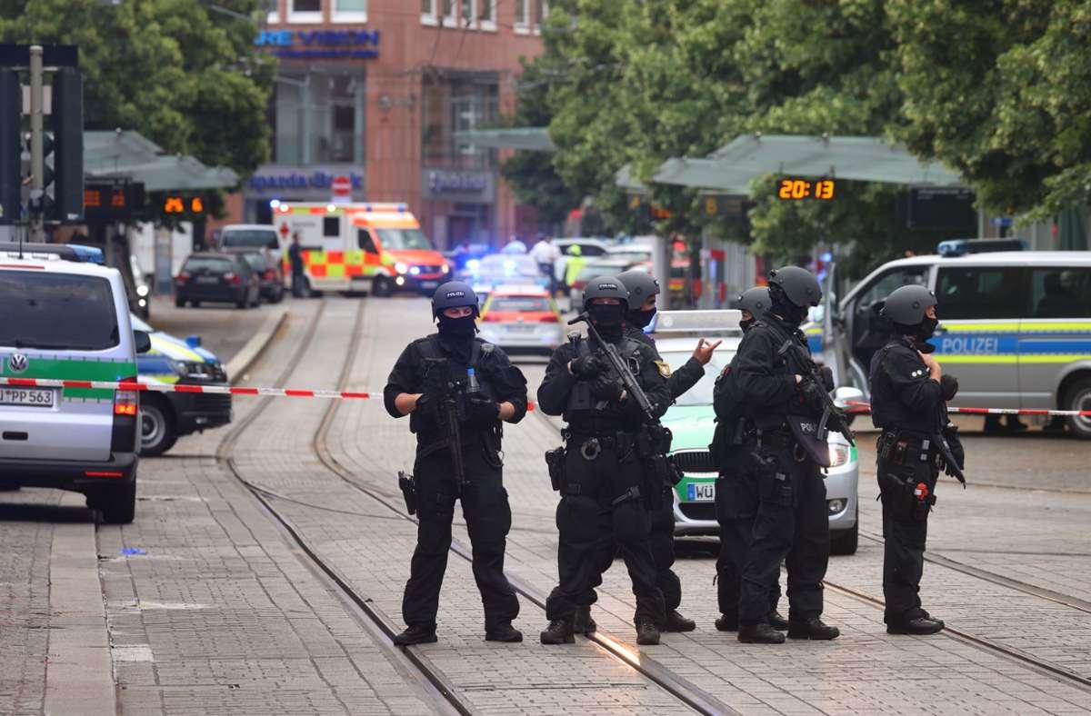 Bei dem Angriff in der Würzburger Innenstadt waren drei Frauen ums Leben gekommen. (Archivbild) Foto: dpa/Karl-Josef Hildenbrand