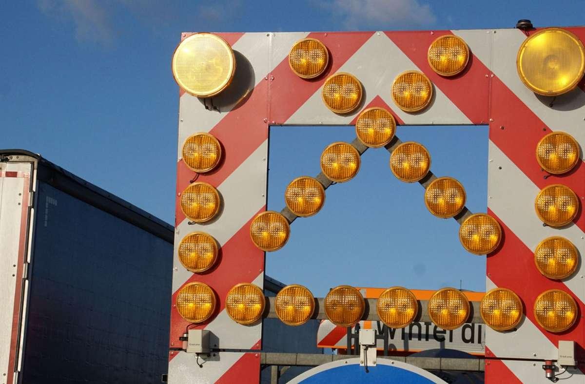 Autofahrer müssen sich auf der A81 bei Ludwigsburg-Süd erneut auf Behinderungen einstellen. Foto: SDMG/Gress Foto: