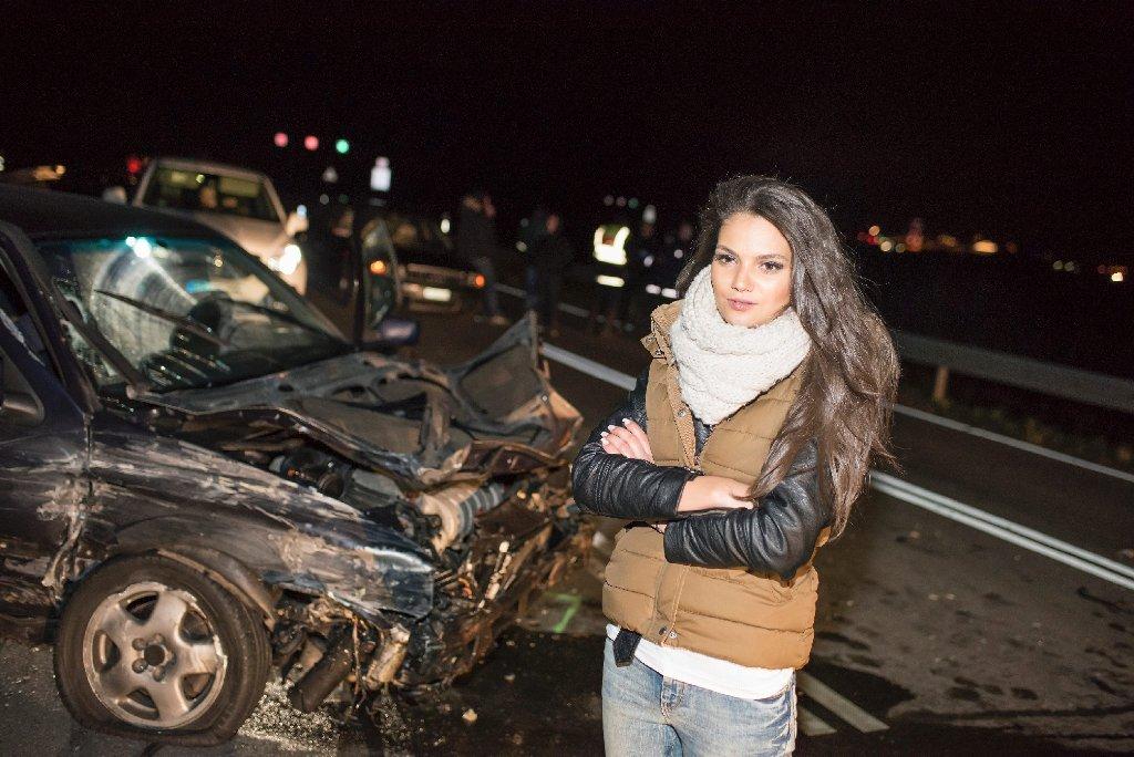Auf der A5 bei Rust ist es in der Nacht zum Sonntag zu einem mysteriösen Unfall gekommen. Die Unfallverursacher schossen danach auf drei Männer. Als eine der ersten Zeugen war die Miss Norddeutschland Luana Rodriguez vor Ort, die am Samstagabend bei der Wahl zur Miss Germany unter die Top Ten gekommen war. Foto: www.7aktuell.de   Oskar Eyb
