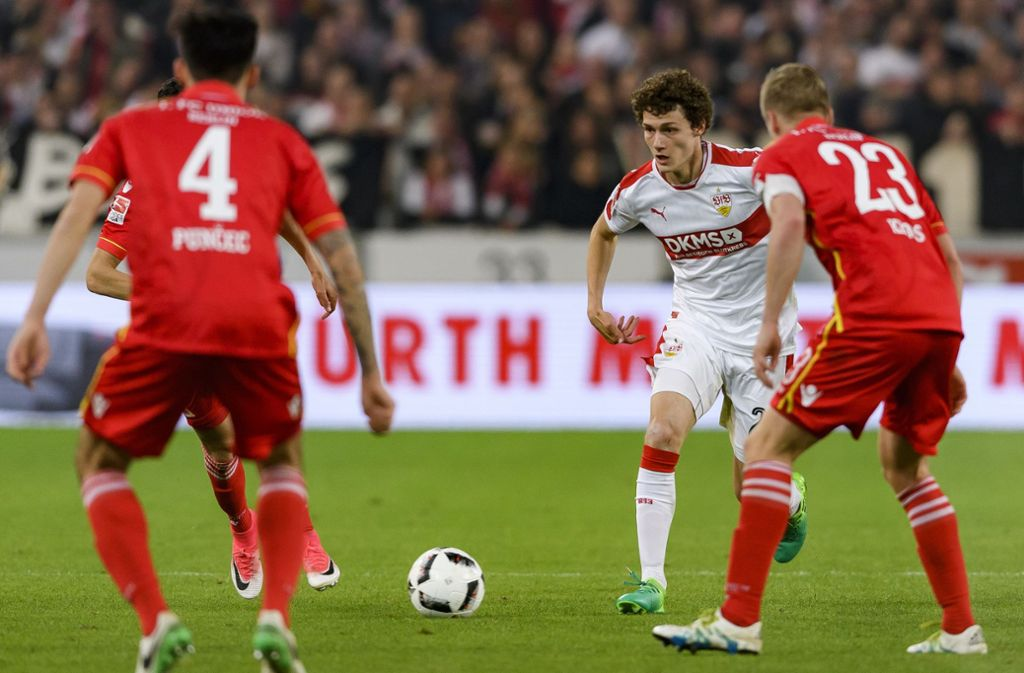 In der Saison 2016/2017 traf der VfB Stuttgart mit Benjamin Pavard zuletzt auf den 1. FC Union Berlin. Foto: Bongarts/Getty Images