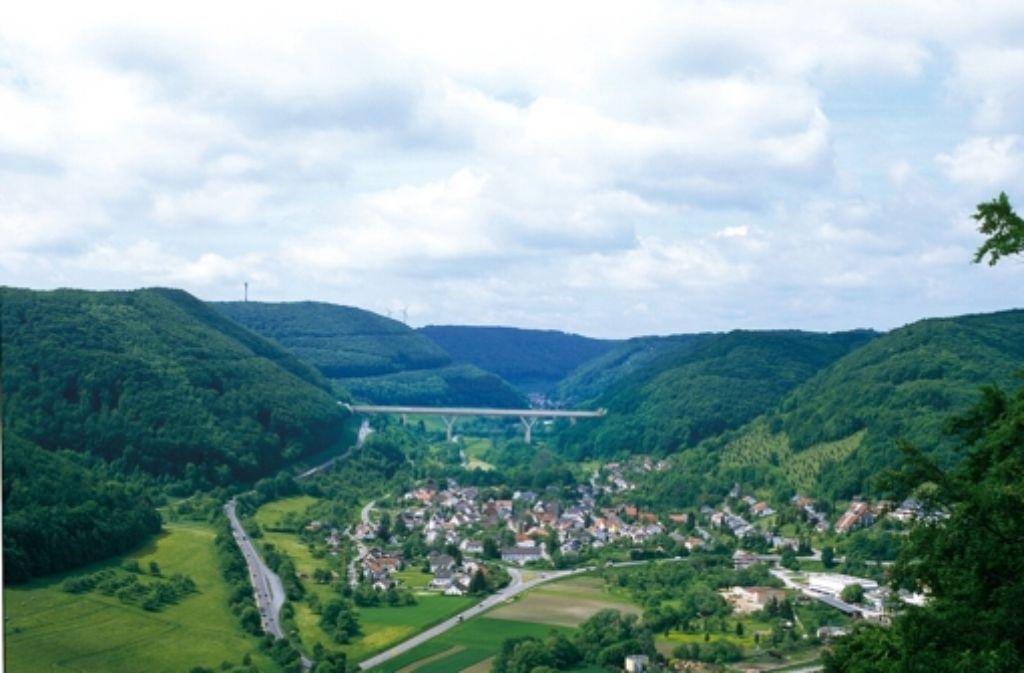 Der Bau der Brücke über das Filstal bei Mühlhausen ist umstritten. Foto: Deutsche Bahn