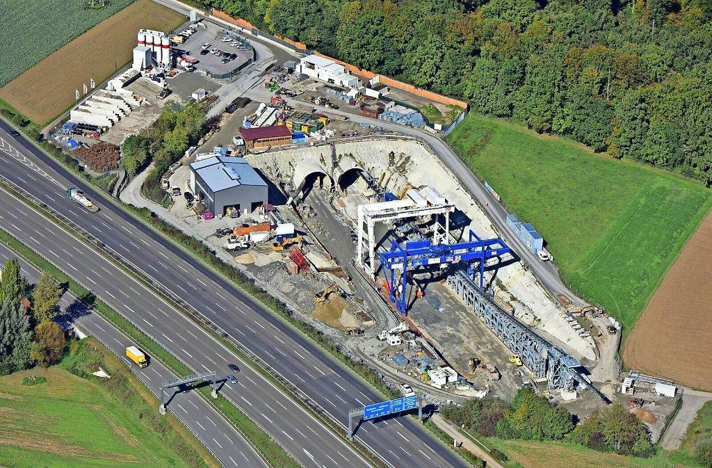 Spektakulär: die S-21-Baustelle zwischen dem Gewerbegebiet Fasanenhof und der Autobahn. Foto: Moritz Kraemer/Deutsche Bahn