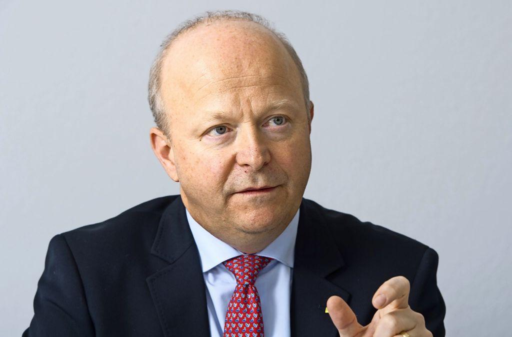 FDP-Landeschef Michael Theurer findet eine Begrenzung der Amtszeit eines Kanzlers auf zwei Amtszeiten sinnvoll. Foto: dpa