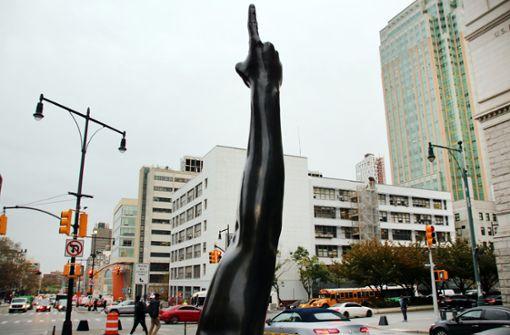 Streit um Arm-Statue in New York