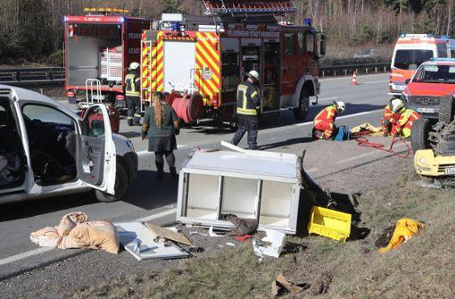 Rettungshund stirbt bei schwerem Unfall auf Autobahn