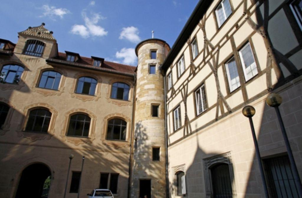 Auch das Amtsgericht im Göppinger Schloss ist Ziel einer Amokdrohung gewesen. Jetzt ist dort gegen den Urheber verhandelt worden. Foto: Horst Rudel