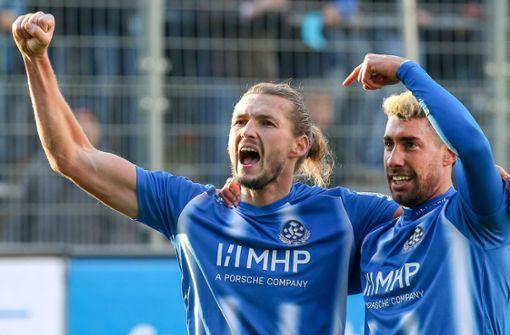Mijo Tunjic führt die Stuttgarter Kickers zum Derbysieg