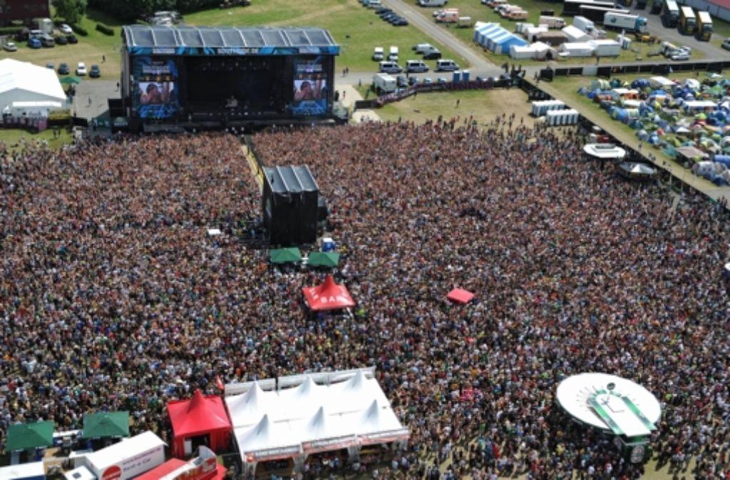 Drei Tage, mehr als 60.000 Besucher, fast 100 Bands: Das Southside Festival in Neuhausen ob Eck. Foto: dpa