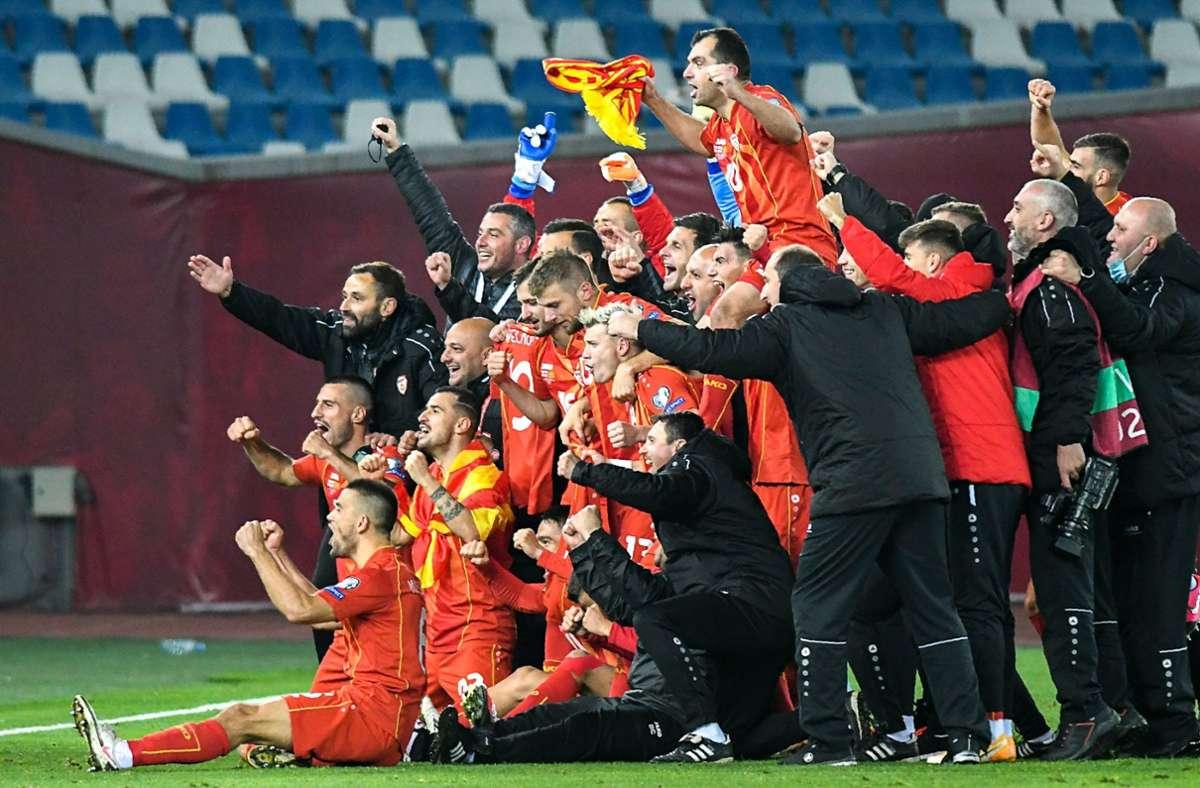 Jubel bei den Spielern von Nordmazedonien. Foto: AFP