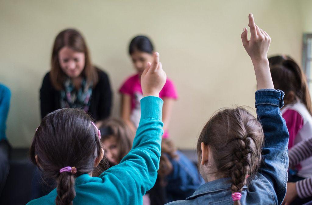 Ankommen und erst mal Deutsch lernen: Flüchtlingskinder in einer Vorbereitungsklasse Foto: dpa