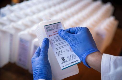 Sächsische  Unternehmen stellen jetzt Desinfektionsmittel her